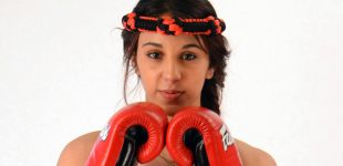 Iman Barlow claims 'complicated' contract stopped her signing with GLORY Kickboxing